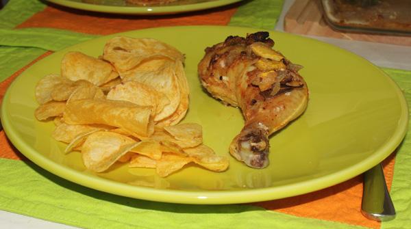 Frango assado no forno com molho de brandy e pêssego